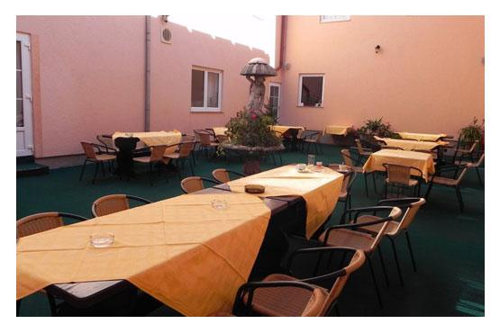 Restaurant Mirni Kutak Otocac